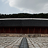 Regal Rest Photo: The main hall and courtyard at Jongmyo, the royal ancestral shrine for past ruling monarchs of Korea.