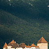 Incroyable Annecy Photo: The historic castle in Annecy's old town backed by the Alps.