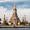 Wat Arun Dawn Photo: Wat Arun, the Temple of Dawn on the bank of the Chao Phraya river.